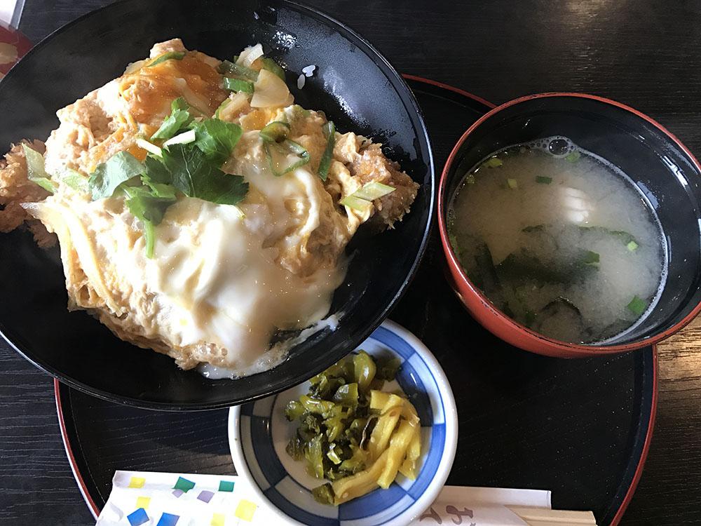 Yuri_Tour_Katsudon.jpg