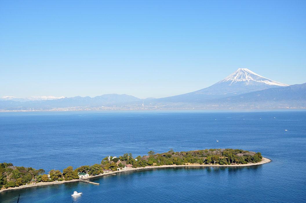 Fujioversea.jpg
