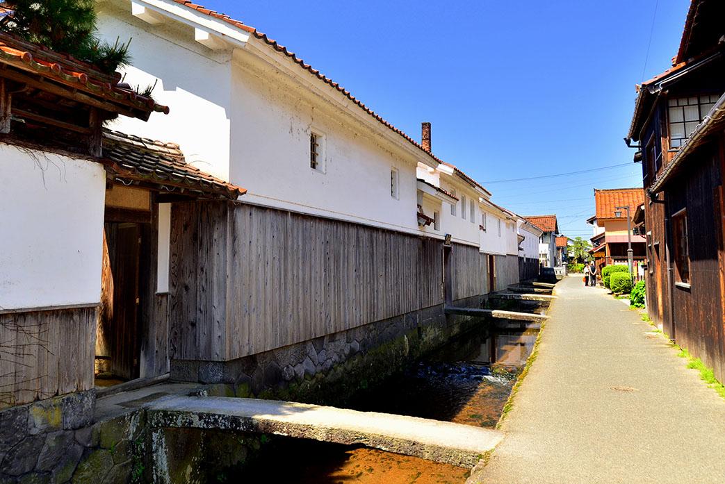 Shirakabe.jpg